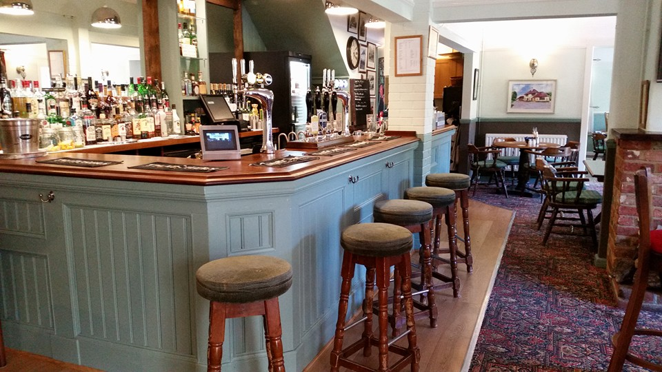 Places To Eat In Romsey - The Dog & Crook
