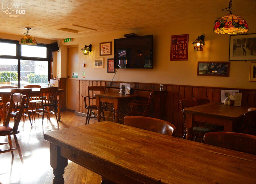 Best Pubs In Gosport To Watch Live Sport Bridgemary Manor Hotel