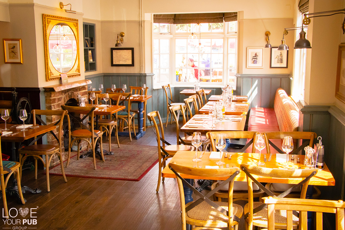 Christmas Parties In Hampshire – The Horse and Jockey Curbridge