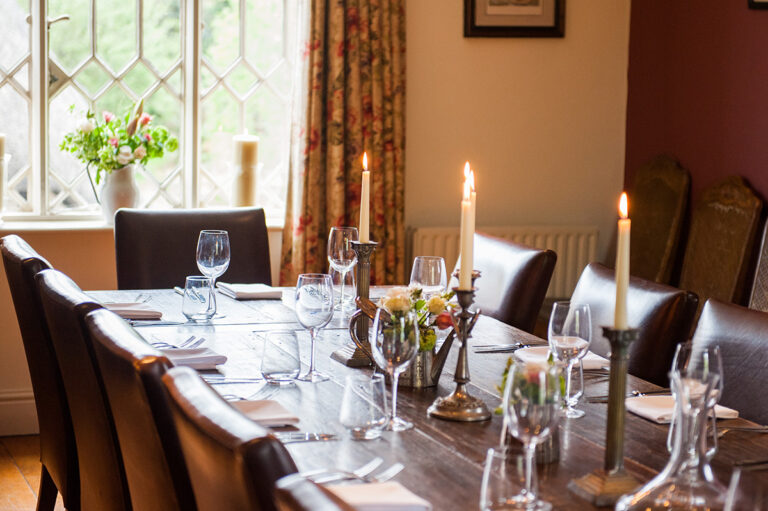 Best Pubs In Hampshire - The Peat Spade - Is Now Taking Bookings For Christmas Celebrations !