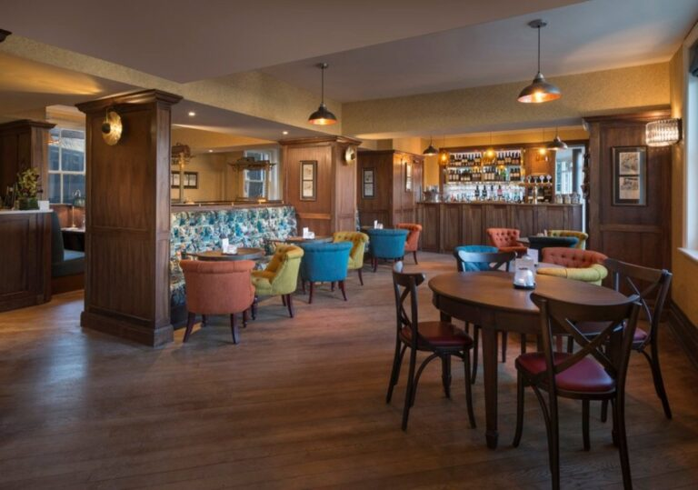 Best Country Pubs In Surrey - Make The Station House Your Next Breakfast Date!