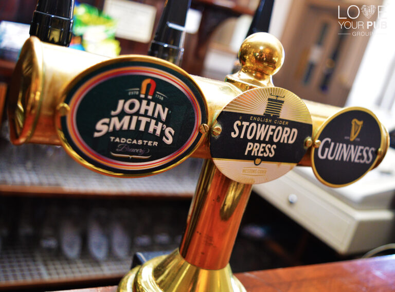 Pubs With Sports In Poole - Watch The Big Screen At Sweet Home Inn !