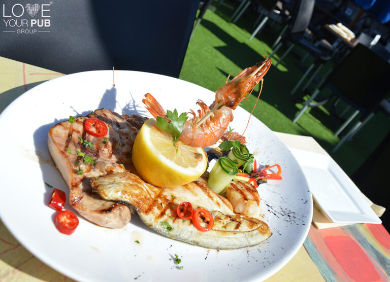 Port Solent Restaurants for Mothers Day - Book Your Table Early At O Sole Mio To Avoid Missing Out !