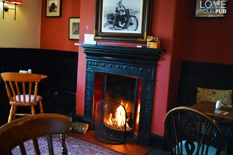 Pubs In Dorset - Have You Visited The Coutryman Inn East Knighton On A Friday ?! Find Out More About Their Beer And Burger Fridays ...