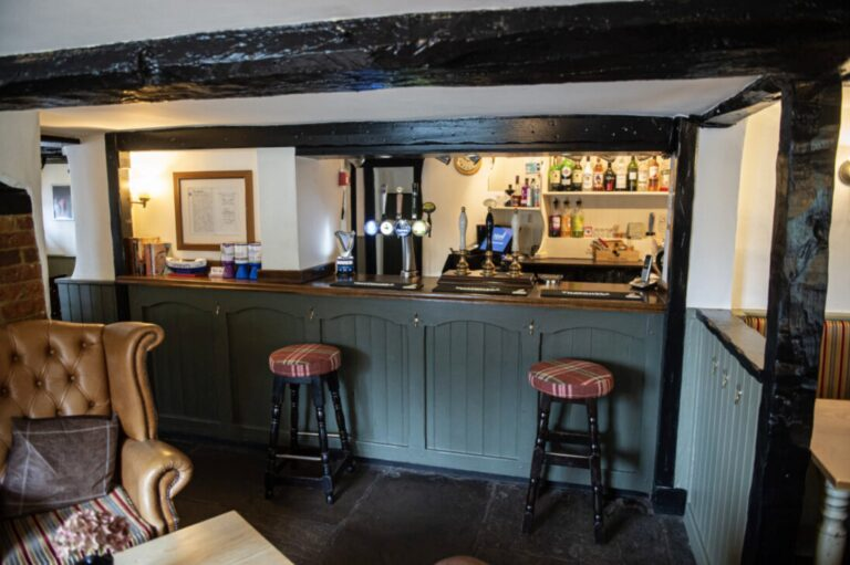 Pubs To Let On The South Coast - The Eagle Gosport Is Available On Love Your Pub