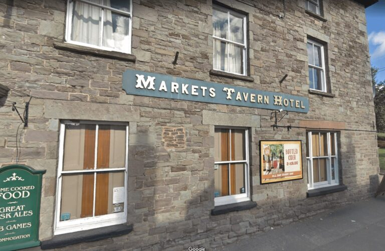 Pubs To Let In Wales – Enquire About Running The Market Tavern Pub Today!