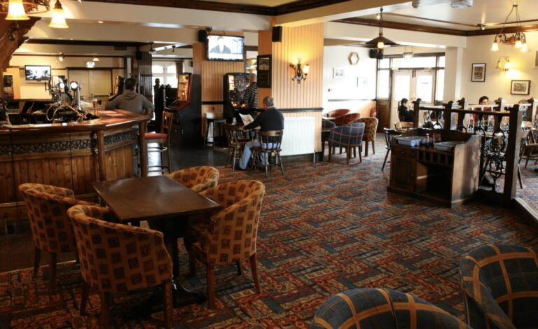 Pubs To Lease In Berkshire - The Mill At Thatcham Is Now Available on Love Your Pub !
