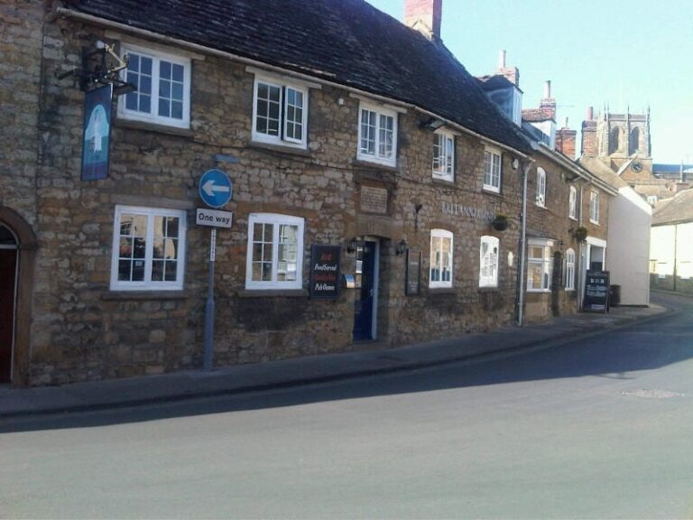 Pubs For Lease In Sherborne - Britannia Inn Is Available Now !