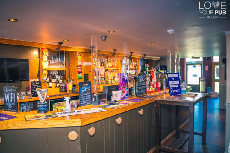 Pubs In Hayling Island - A Warm Welcome At West Town Inn !