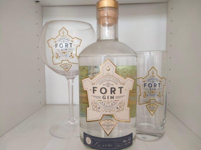 Local Distilleries In Hampshire - Cocktail Making With Portsmouth Distillery!