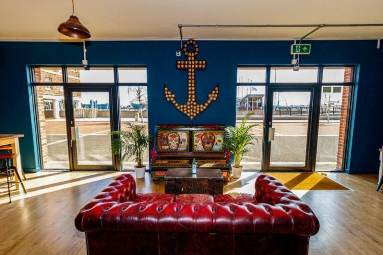 Drinks In Gosport - Check Out Artys New Bar From May 17th !