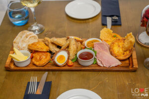 Pubs In Southsea - Join The Florence Arms For Sunday Lunch !