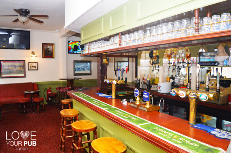 Pubs Showing Cricket In Bognor - Watch The Live Action At Victoria Inn !